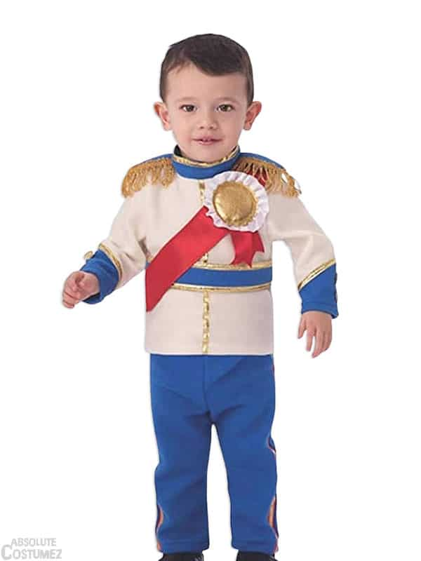 little price to an authentic one with this royal costume for kids
